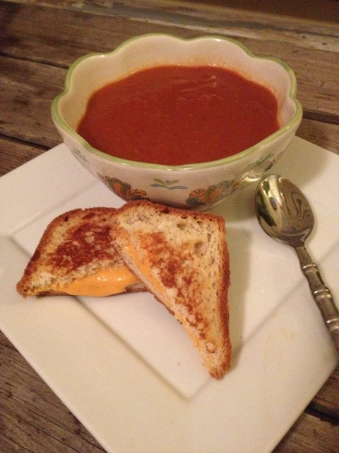 Hearty Tomato Basil Soup