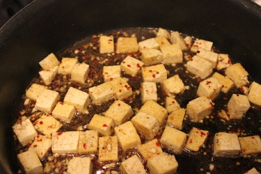 maple sesame tofu in pan in johnnas kitchen