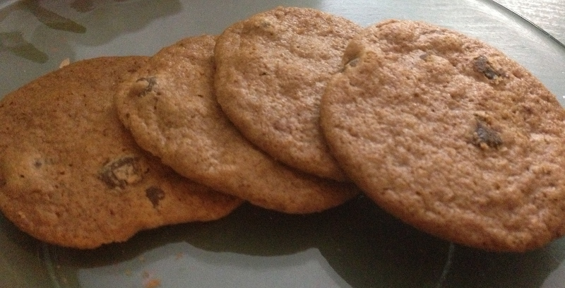 crispy crunchy chocolate chip cookies trader joes (800x408)