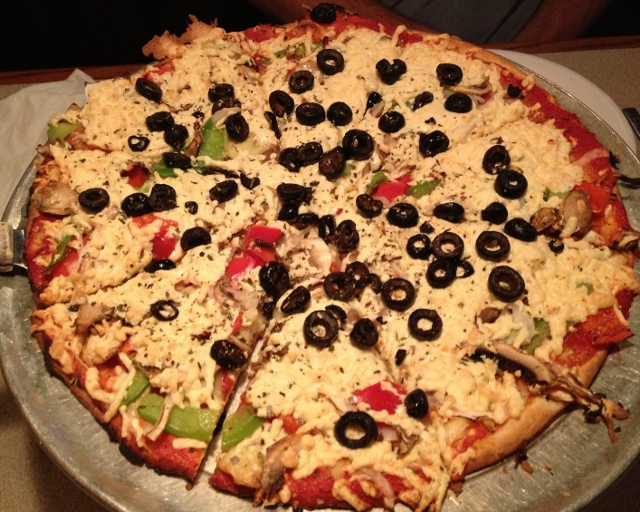 gluten free waldo veggie pizza