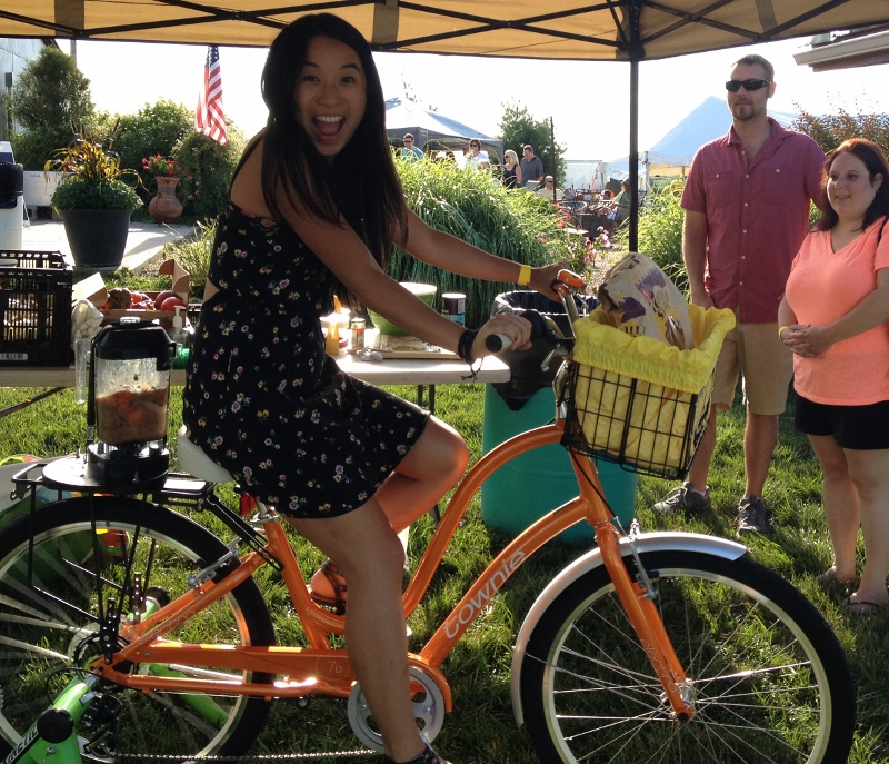 bike blender at tomato fest