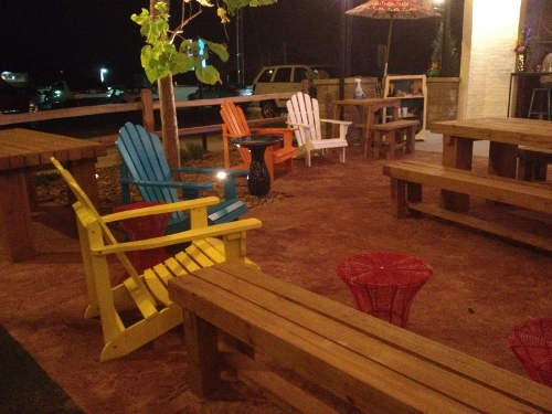 taco republic waiting area (500x375)