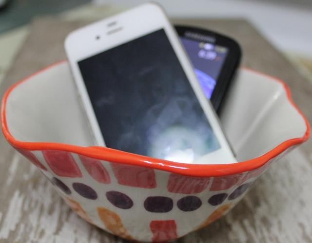 phone bowl