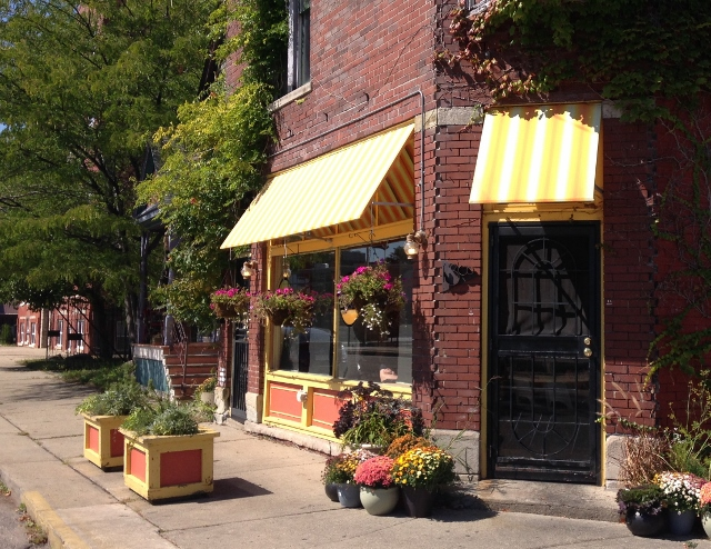Mudgie's Deli, Detroit