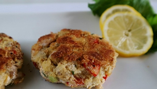 Jackfruit Crab Cakes, You Gotta Try These!