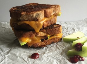 Flavors of Fall Grilled Cheese (gluten-free, vegetarian)