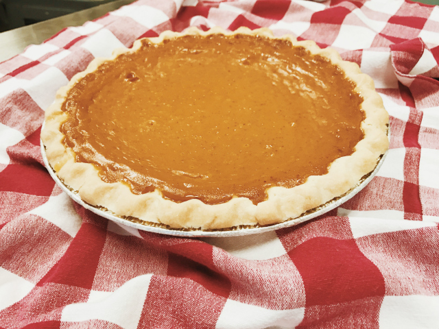 Gluten-Free Pumpkin Pie in Kansas City | In Johnna's Kitchen